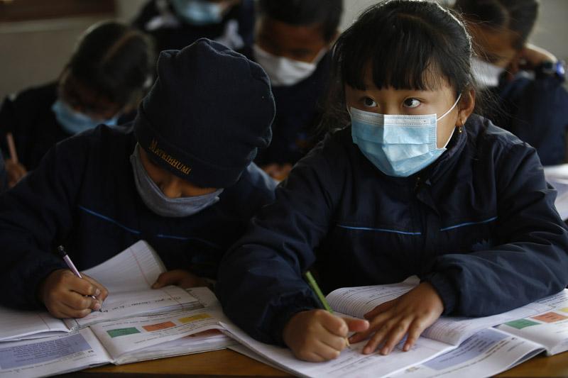 पहिलो लहरपछि विद्यालय खुल्नुले बालबालिकामा संक्रमणको दर बढ्यो