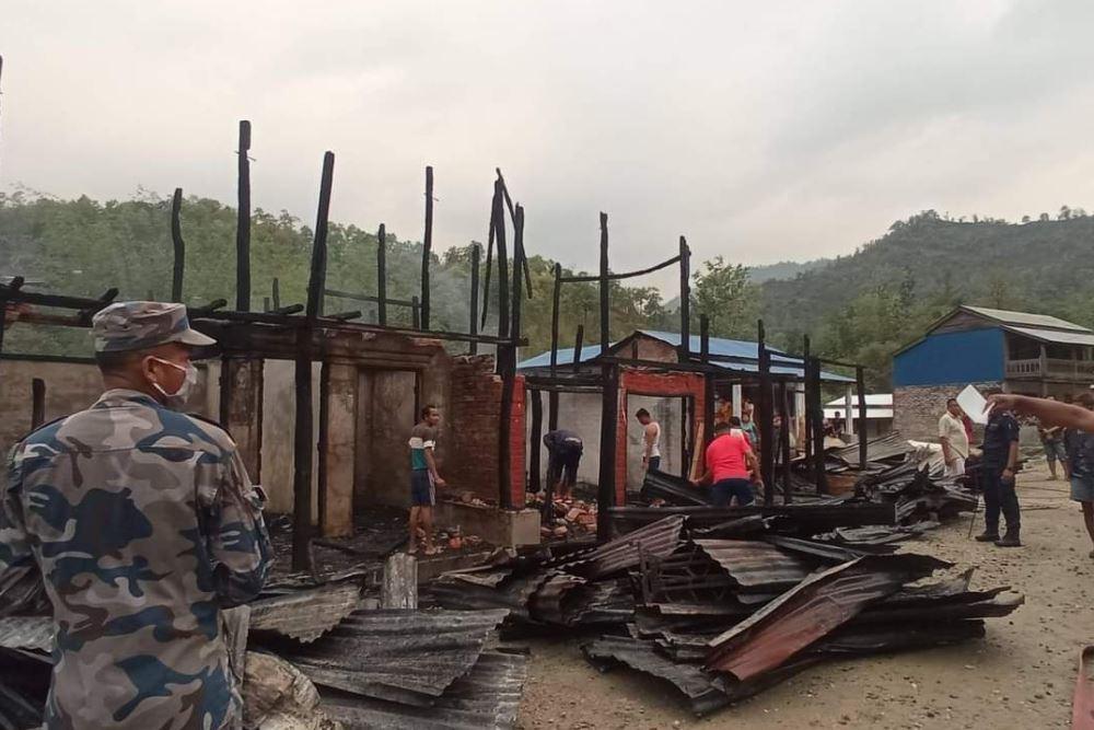 उदयपुरमा आगलागी, पाँच घर जलेर ध्वस्त