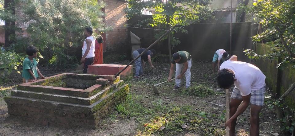 युवा संघद्वारा हनुमान मन्दिरको सरसफाइ